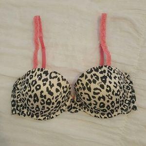 PINK Victoria Secret 32C Bra